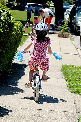 Liv_bike_away